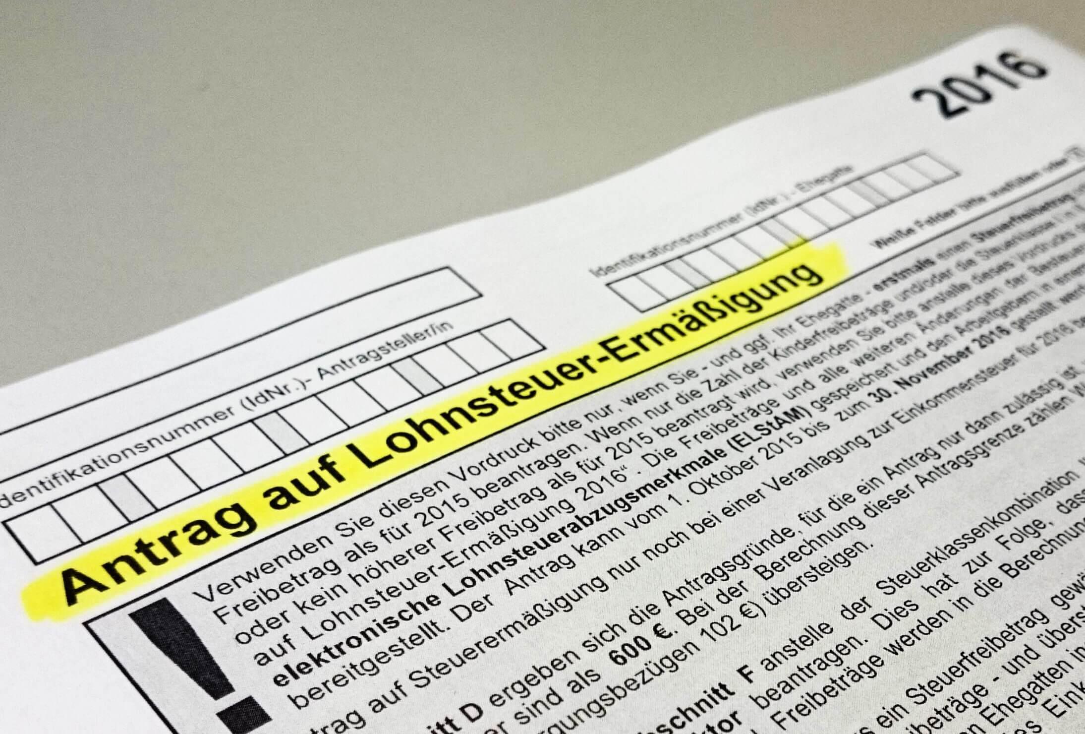 Lohnsteuer-Ermäßigung: Jetzt Freibetrag beim Finanzamt beantragen