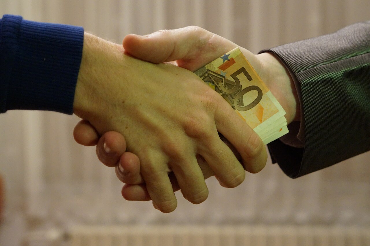 Unterhaltsleistungen: Übergabe von Bargeld für Angehörige im Ausland absetzbar