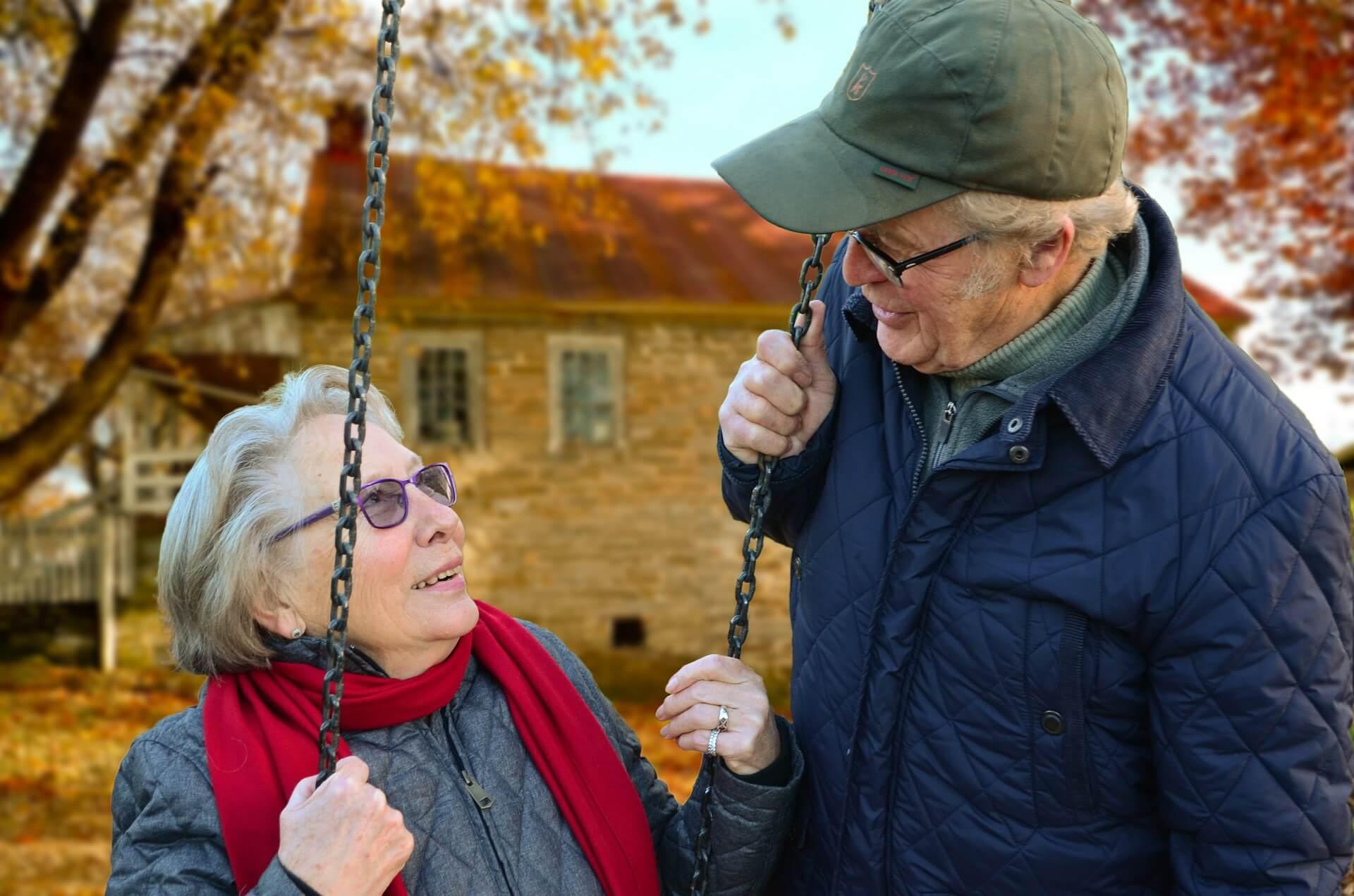 Pflegeheim: Doppelte Haushaltsersparnis für Ehepaare?