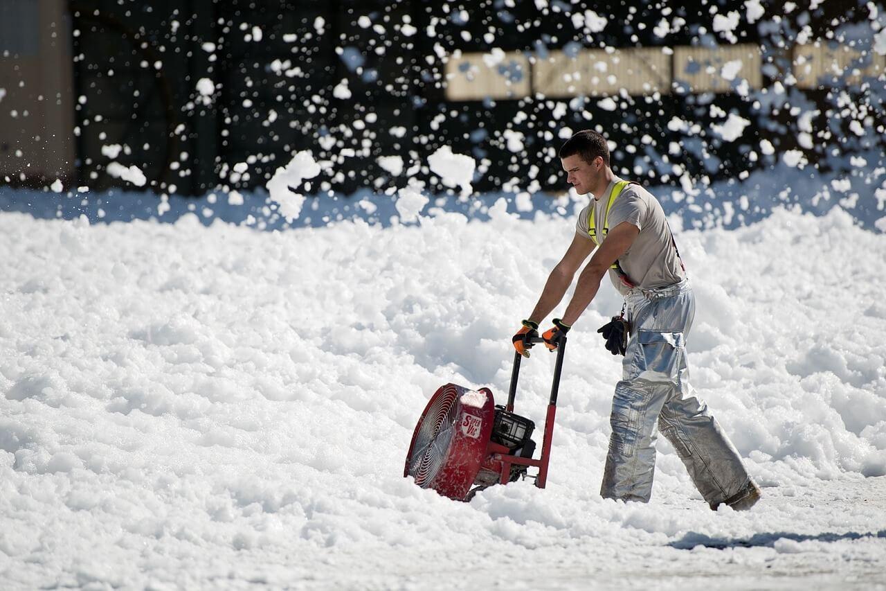 Haushaltsnahe Dienste: Ausgaben für Schneeräumen steuerlich begünstigt
