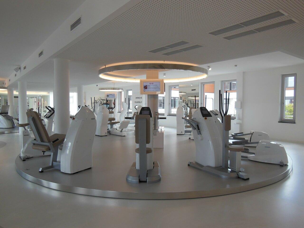 Fitnessstudio: 44-Euro-Freigrenze auch bei Jahresvertrag