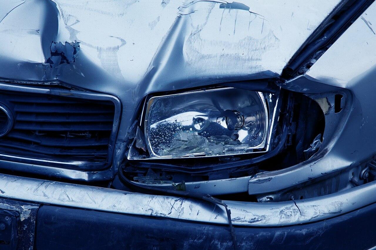 Unfall: Schadenregulierung auf Gutachtenbasis ohne Umsatzsteuer